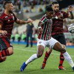 Flamengo decide clássico no último minuto e vai à final