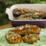 Berinjelas recheadas com lentilhas, ao estilo marroquino