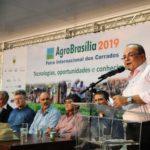 Governador assina decreto que isenta ICMS de operações rurais no DF